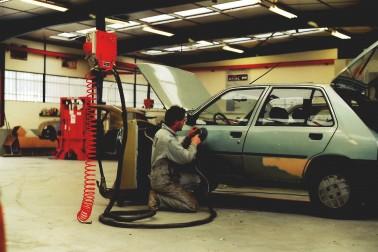 Atelier carrosserie années 90